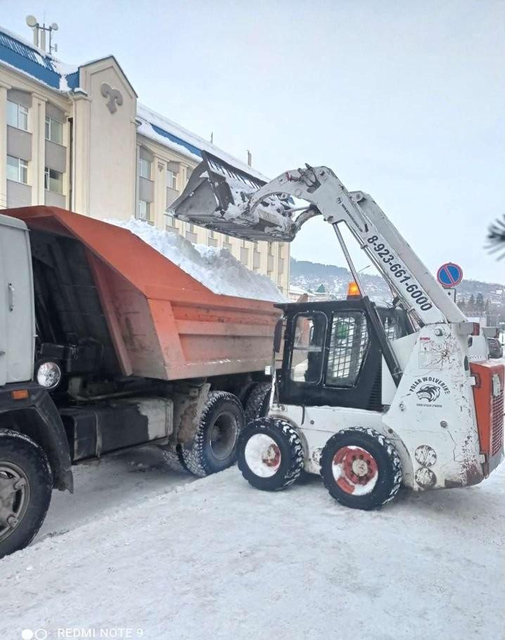 Уборка вывоз снега,мусора.Мини погрузчики,Камазы - Горно-Алтайск, цены, предложения специалистов
