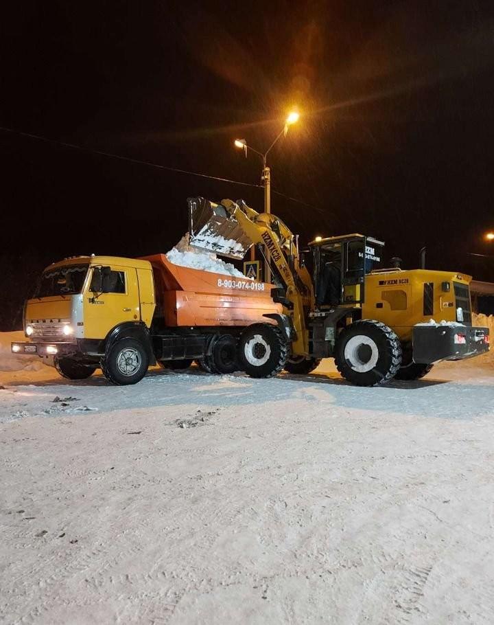 Услуги спецтехники уборка вывоз снега - Горно-Алтайск, цены, предложения специалистов